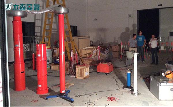 如果还采用传统的试验设备(即工频试验变压器50hz交流耐压),由于试验